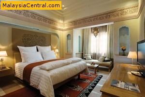 The Pullman Putrajaya Lakeside Hotel An Elegant Malaysian Architecture Hotel Malaysia
