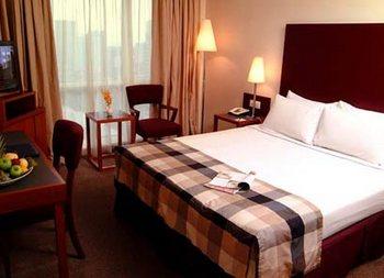 Capitol Hotel room