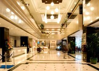 Melia Hotel Kuala Lumpur lobby