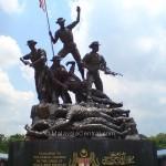 Tugu Negara/Tugu Pahlawan – National Monument of Malaysia in Kuala Lumpur